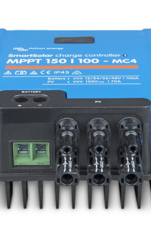SmartSolar-charge-controller-150-100-MC4_front-angle_no LED-ridotto