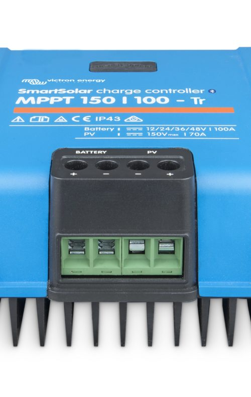 SmartSolar-charge-controller-150-100-TR_front-angle_no LED-ridotto